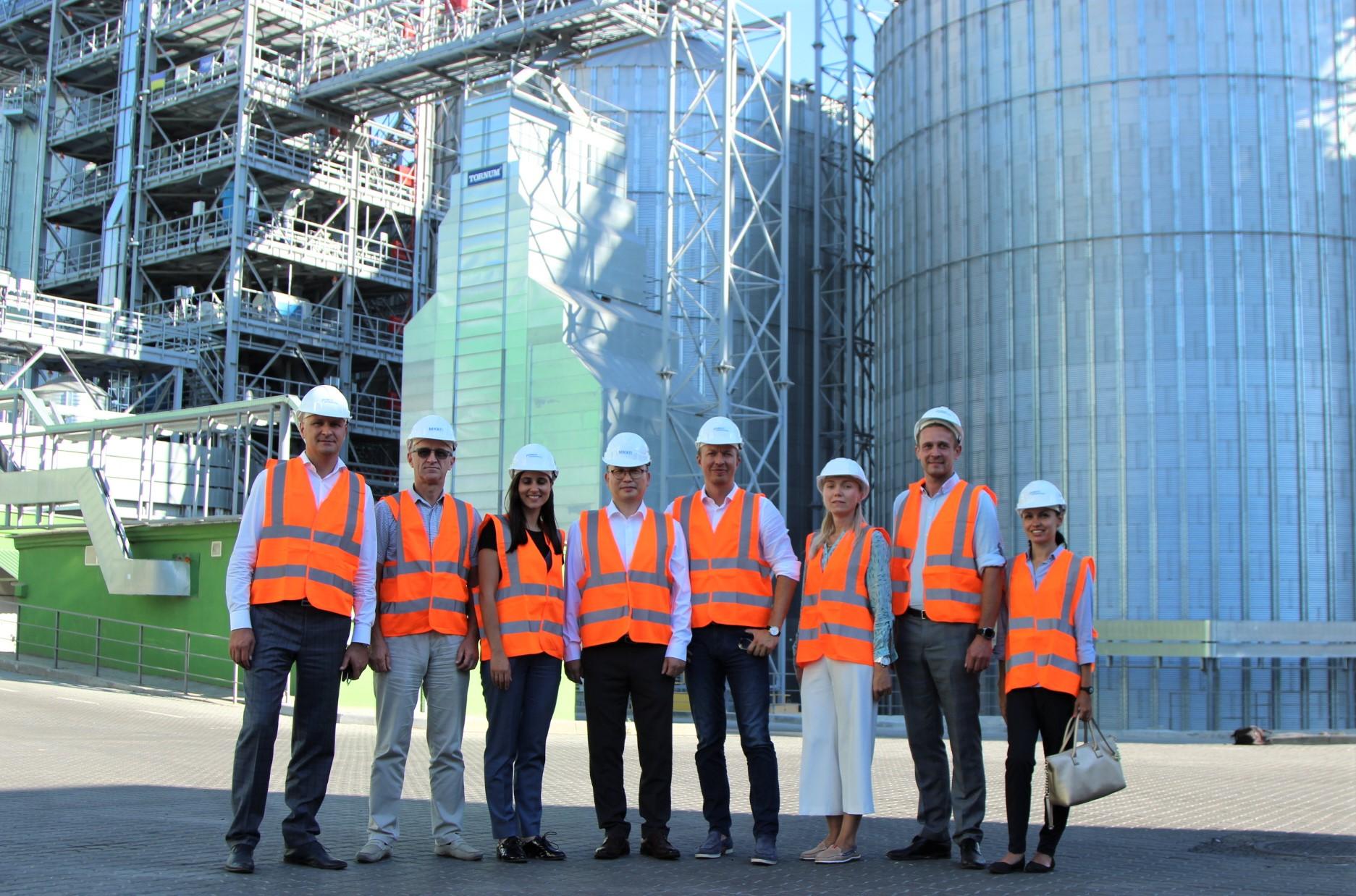 members of Verkhovna Rada in MMW Grain Terminal